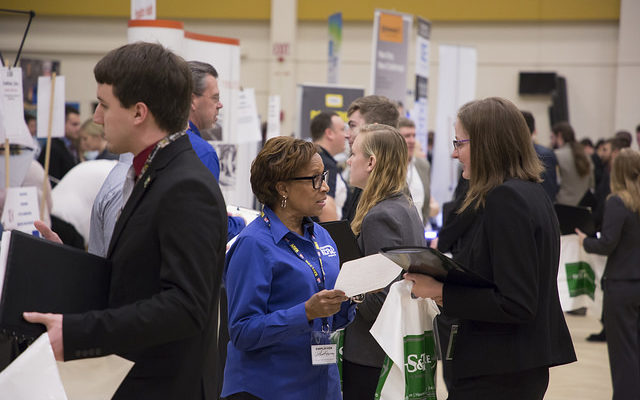 Volunteer for the Fall Career Fair