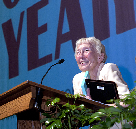 Dr. Barbara Hale receives Missouri S&T's Woman of the Year Award in 2013.