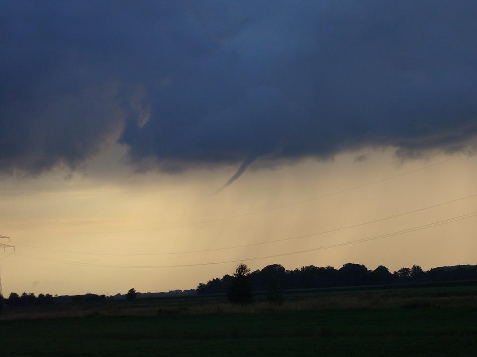 Threatening sky, thunderstorm