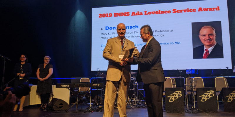 Wunsch receives international award