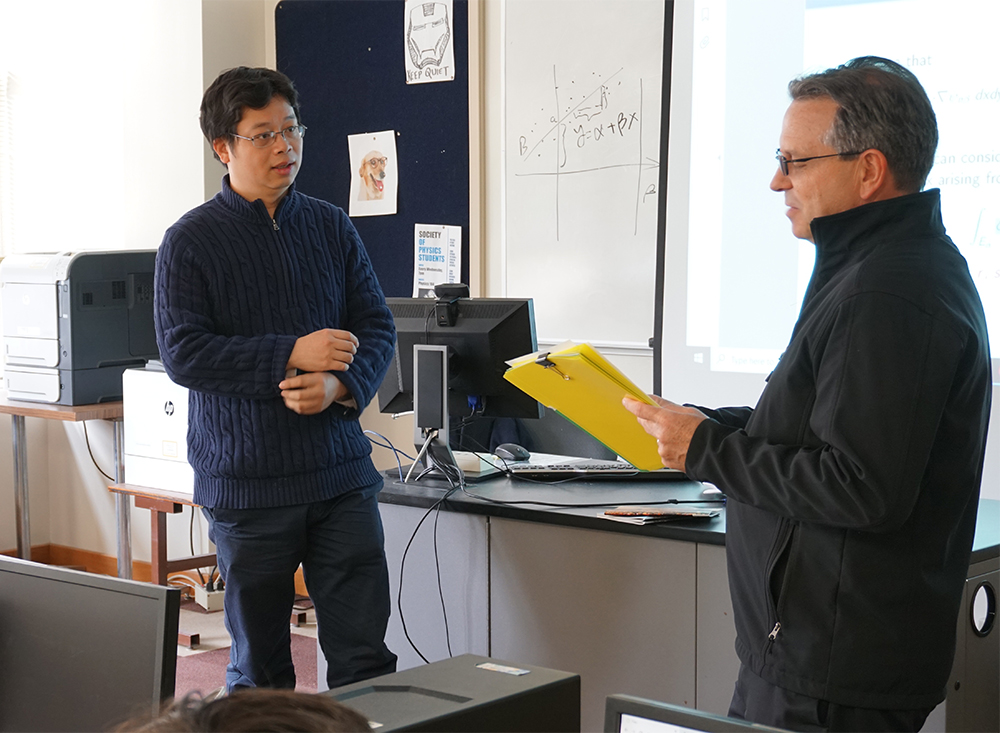 Steve Roberts and Xiaoming He