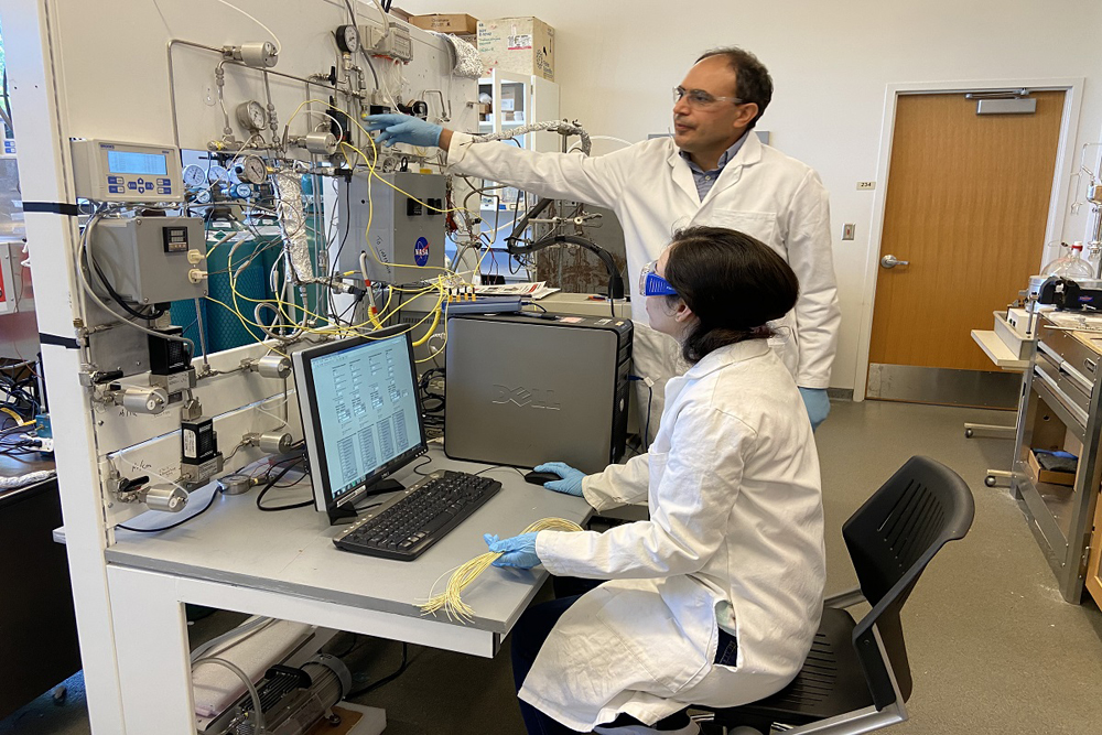 Ali Rownaghi research lab
