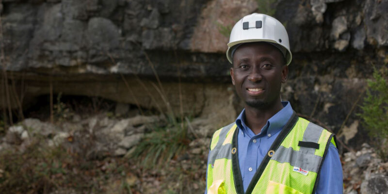Mining engineering professor named to endowed title