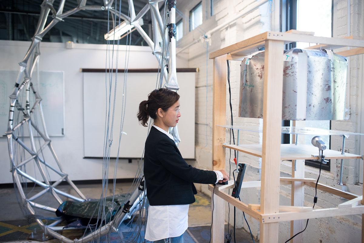 Grace Yan in lab