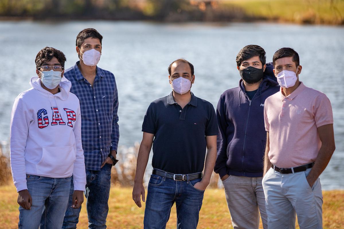 5 grad students