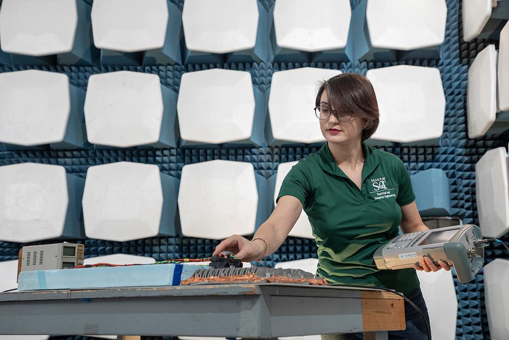 Tamar Makharashvili in lab