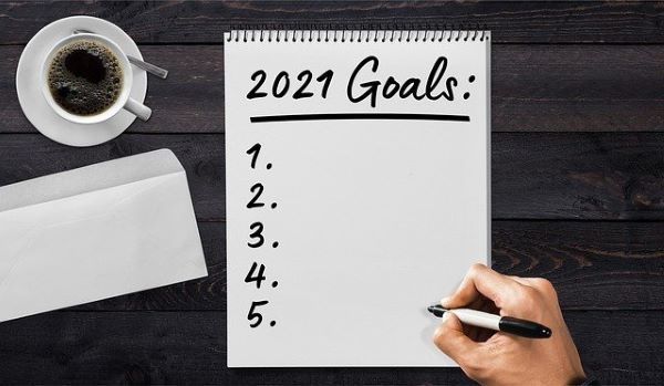 Thirteen New Year's Resolutions for College Students