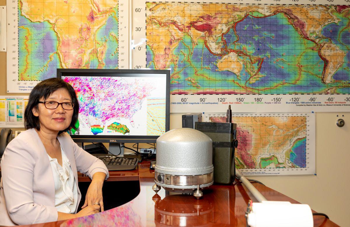 Kelly Liu in office