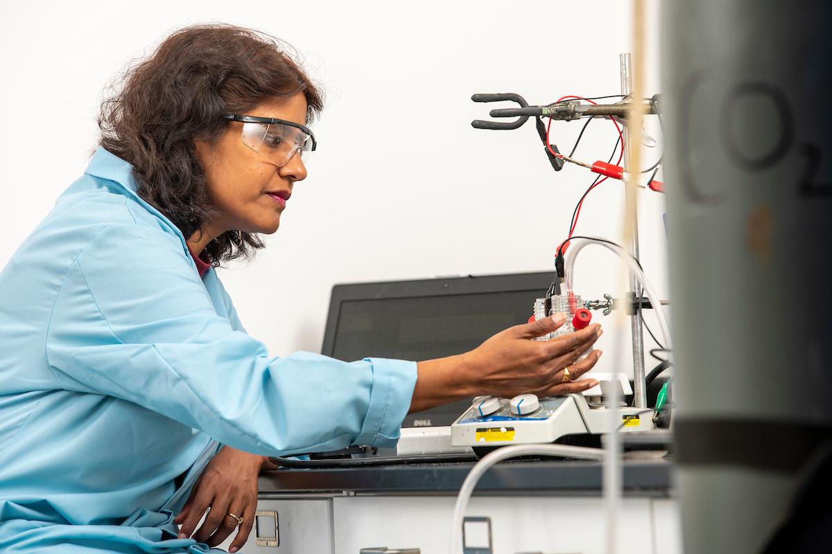 Manahi Nath in lab