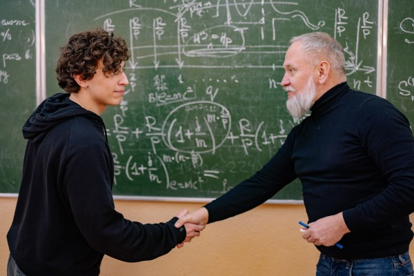 Tips for building relationships with professors